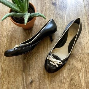 COLE HAAN BOW TIE KITTEN HEELS BLACK AND WHITE